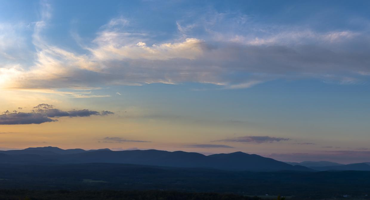 Rondout Valley and Catskill Sunset. Photo by Steve Aaron.